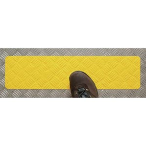 Conformable slip resistant safety tape