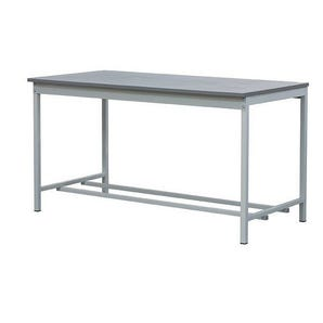 A basic workbenches - MFC 18mm thick worktop