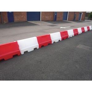 Evo safety barrier system
