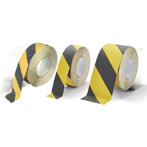 Extra coarse grit heavy-duty slip resistant tapes